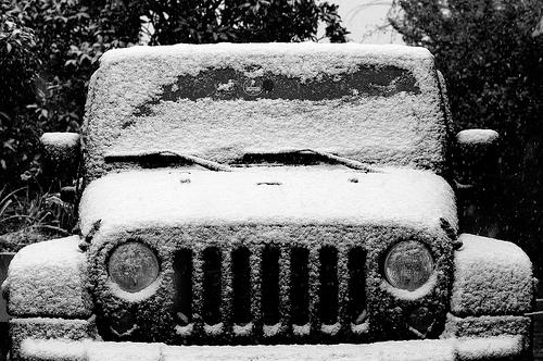 white jeep wrangler