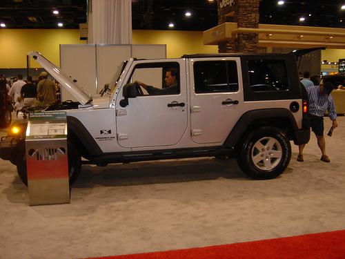 4 door jeep wrangler